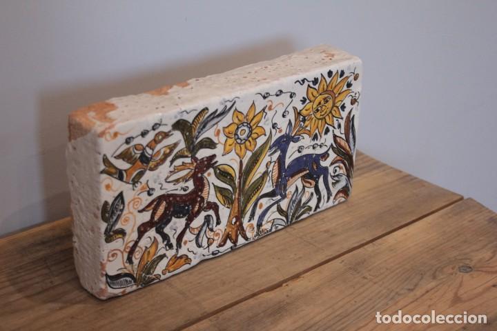 Antigüedades: Importante pieza de barro de Hermanos Escobar, firmada, Puente del Arzobispo. 28x14cm, pieza unica. - Foto 2 - 222117757