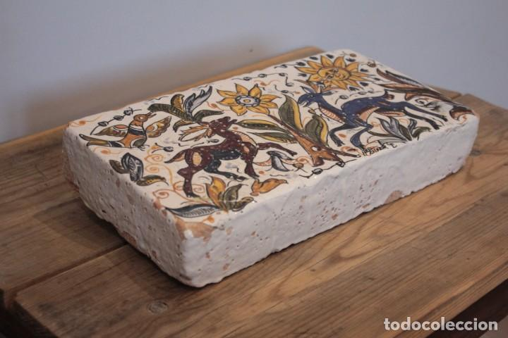 Antigüedades: Importante pieza de barro de Hermanos Escobar, firmada, Puente del Arzobispo. 28x14cm, pieza unica. - Foto 6 - 222117757