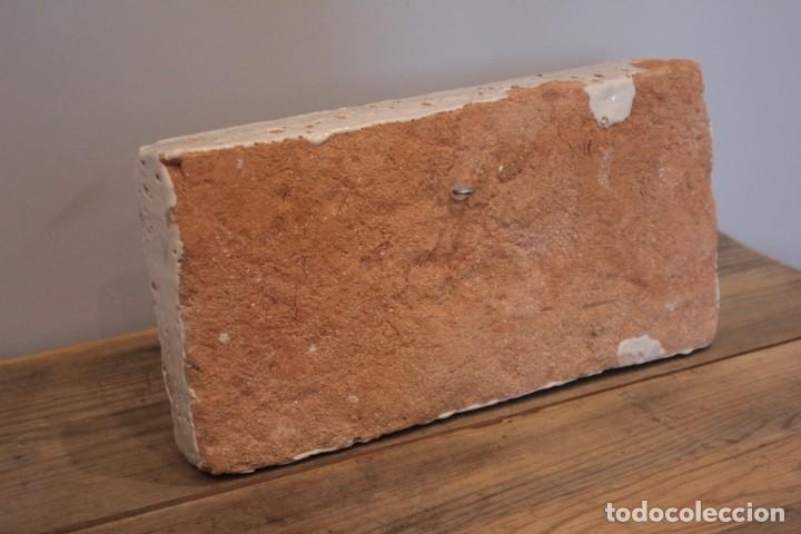 Antigüedades: Importante pieza de barro de Hermanos Escobar, firmada, Puente del Arzobispo. 28x14cm, pieza unica. - Foto 7 - 222117757