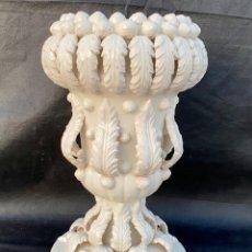 Antigüedades: MANISES. JARRÓN DE CERÁMICA DE MANISES ANTIGUO. Lote 222179975