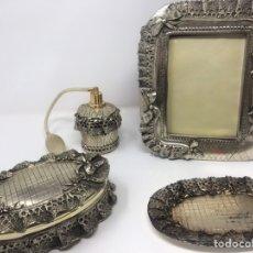 Antigüedades: JUEGO TOCADOR. Lote 222183491