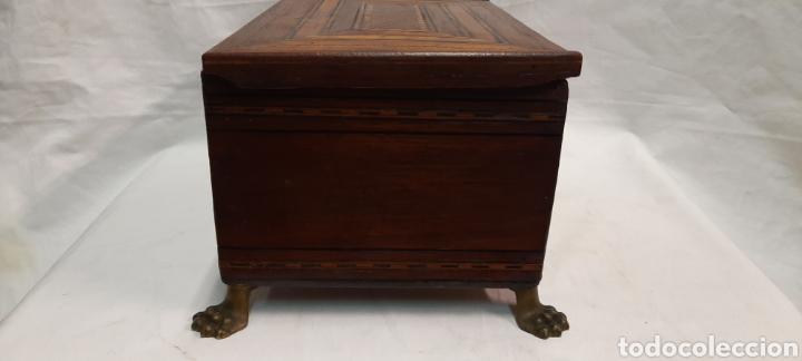 Antigüedades: Caja carlos IV siglo XIX con marqueteria - Foto 4 - 222215080