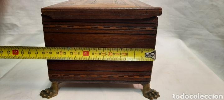 Antigüedades: Caja carlos IV siglo XIX con marqueteria - Foto 5 - 222215080