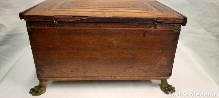 Antigüedades: Caja carlos IV siglo XIX con marqueteria - Foto 6 - 222215080