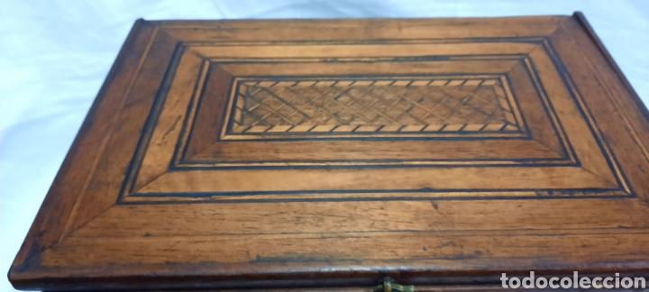 Antigüedades: Caja carlos IV siglo XIX con marqueteria - Foto 12 - 222215080