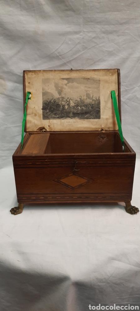 Antigüedades: Caja carlos IV siglo XIX con marqueteria - Foto 13 - 222215080