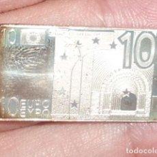 Antigüedades: LINGOTITO DE PLATA EN FORMA DE BILLETE DE 10 EUROS. Lote 222240587