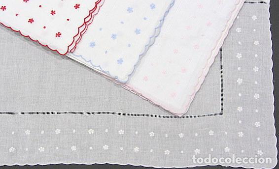 Antigüedades: Juego Clasico 2 piezas para CUNA bebe.Algodon Blanco.Blanco/Rosa o Blanco/Rojo 110X 160 cm.Nuevo - Foto 2 - 222242767