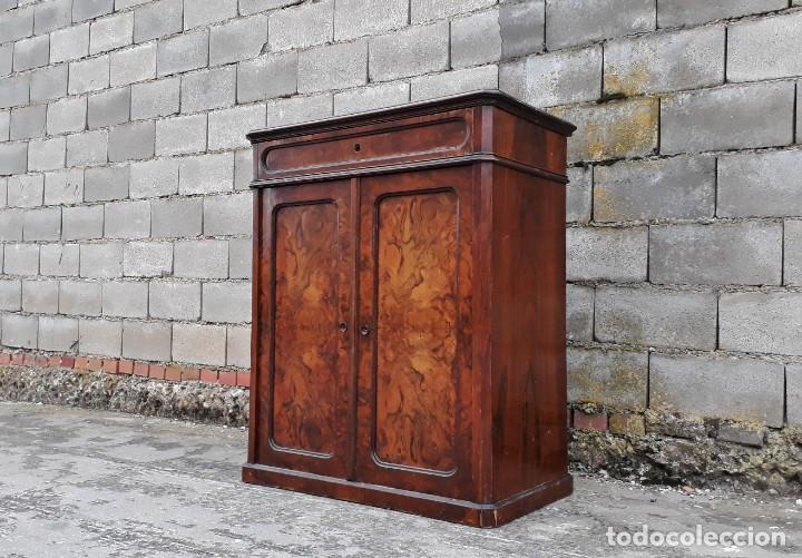 MUEBLE AUXILIAR ENTRADA RECIBIDOR ANTIGUO ESTILO LUIS FELIPE. ENTREDÓS ARMARIO PEQUEÑO ALFONSINO. (Antigüedades - Muebles Antiguos - Auxiliares Antiguos)