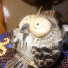 Antigüedades: FIGURA BUHO DE CERÁMICA ARTESANIA-. Lote 222282306