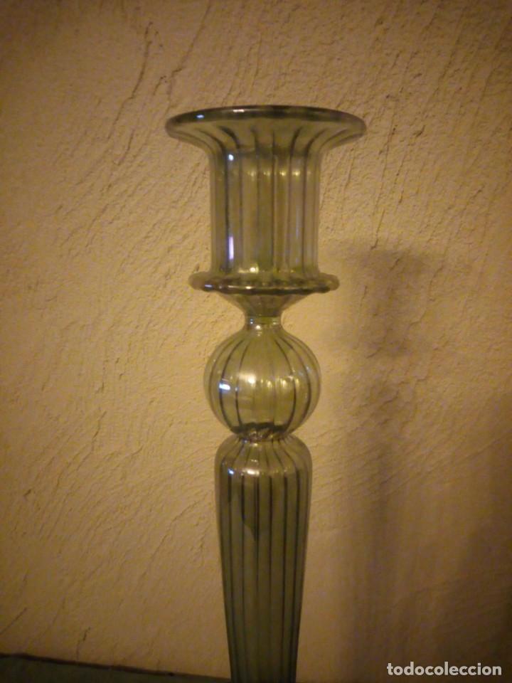 Antigüedades: Precioso candelabro de cristal baccarat color verde suave anacarado - Foto 3 - 222290678