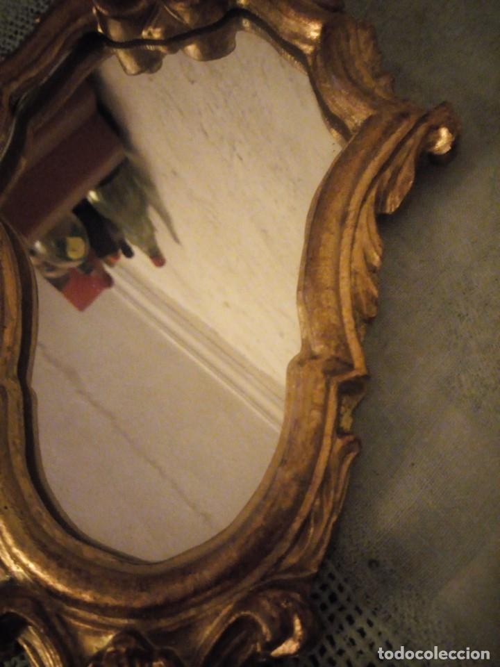 Antigüedades: Antigua cornucopia espejo isabelino de madera pintado en oro siglo xix - Foto 6 - 222293415