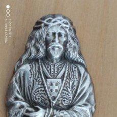 Antigüedades: PRECIOSA MEDALLA DEL NAZARENO EN PLATA DE LEY, 28 GRAMOS.. Lote 222334503