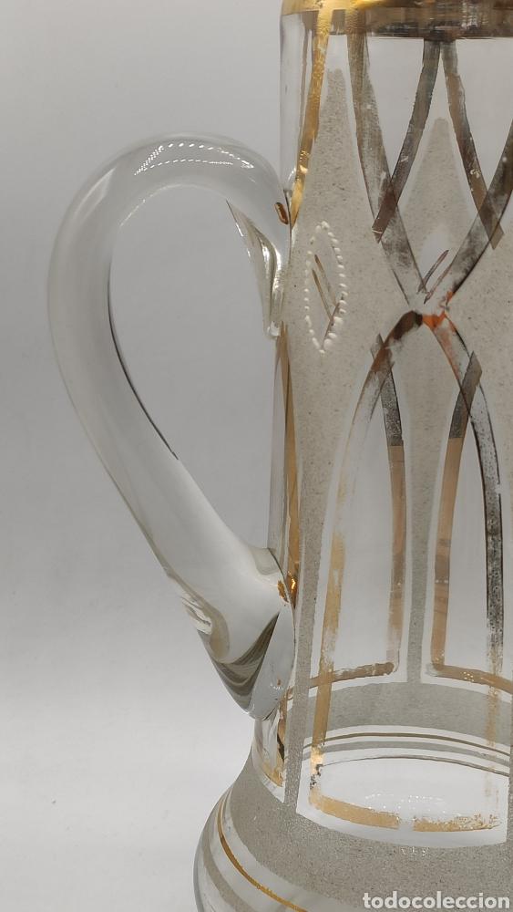 Antigüedades: Impresionante juego jarra y vaso en cristal soplado pintado en oro y esmalte. La granja? Siglo XIX - Foto 4 - 222337088