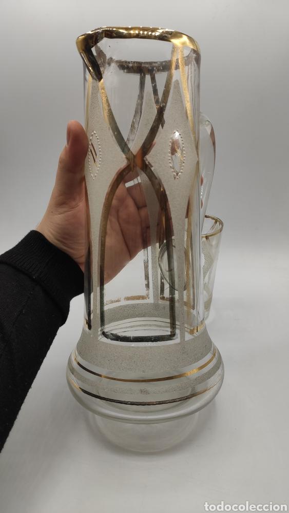 Antigüedades: Impresionante juego jarra y vaso en cristal soplado pintado en oro y esmalte. La granja? Siglo XIX - Foto 5 - 222337088