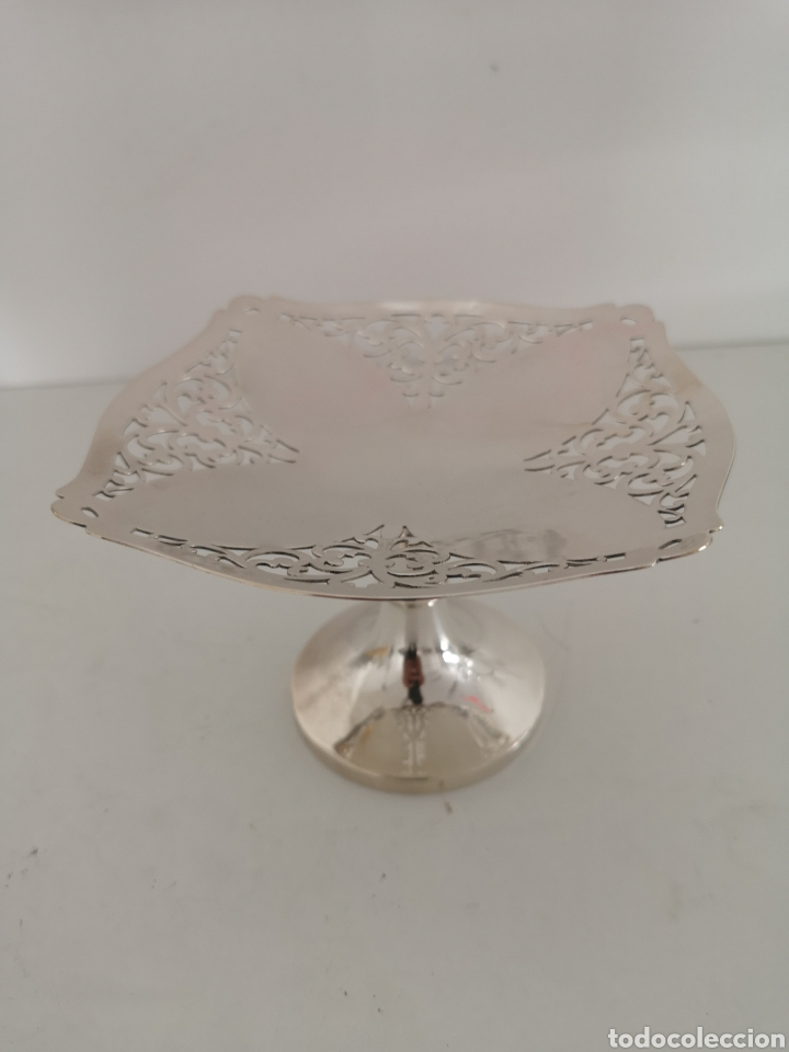 Antigüedades: Precioso centro de mesa o bombonera con marcas - Foto 7 - 222346116