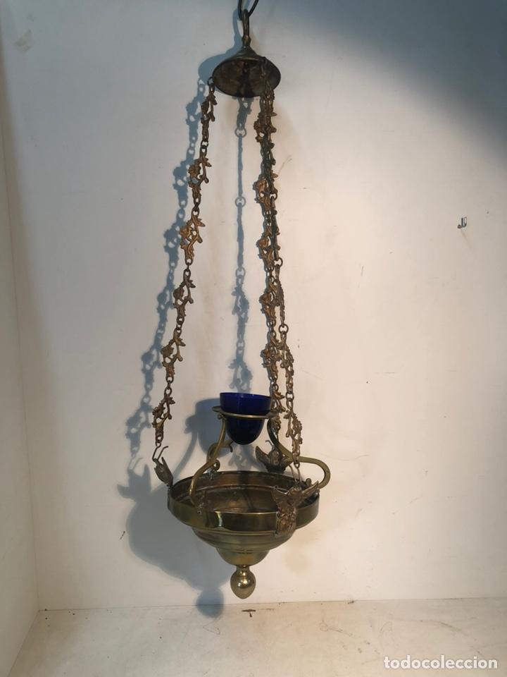 LAMPARA DE IGLESIA VOTIVA DE BRONCE Y LATON ANTIGUA. (Antigüedades - Religiosas - Varios)