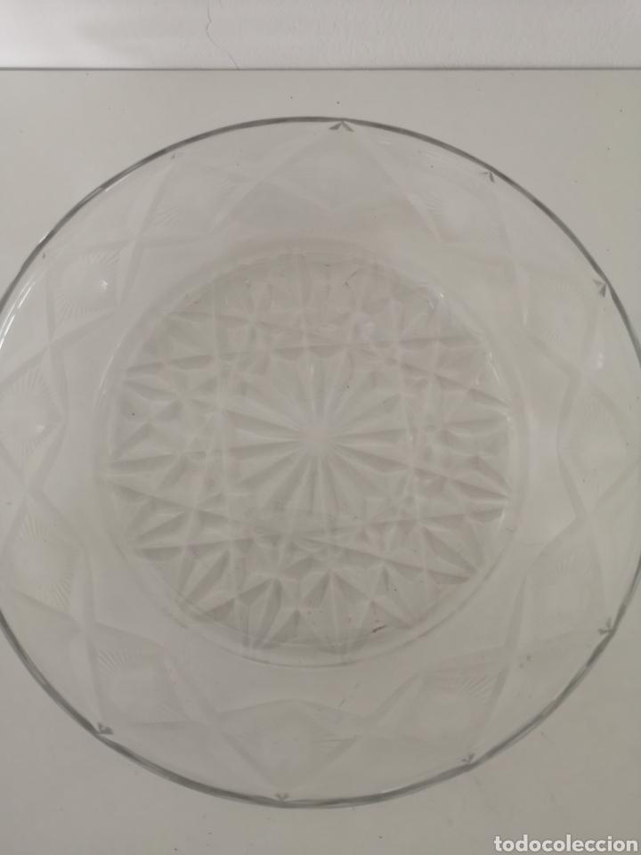 Antigüedades: Preciosa y antigua Tartera - quesera de cristal de bohemia tallado - Foto 8 - 222351192