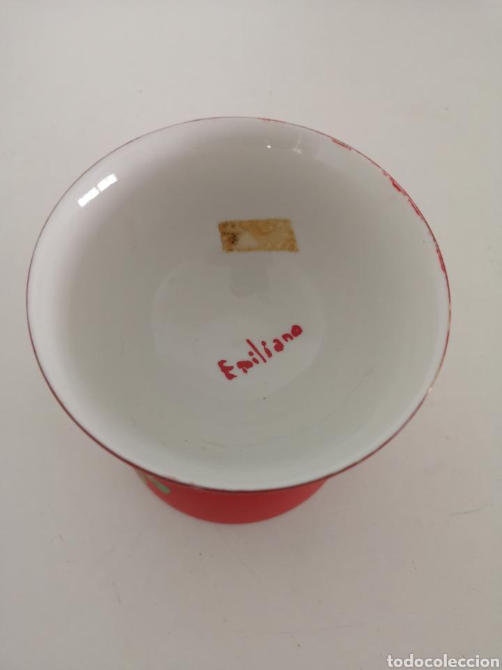 Antigüedades: Curioso y antiguo diabolo de porcelana decorado a mano y firmado - Foto 6 - 222351888