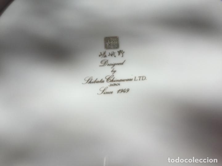 Antigüedades: 2 Platos Porcelana Japonesa Shibata Chinaware. Pintados a Mano. Sello y Firma. Japón 1949 - Foto 7 - 222355678