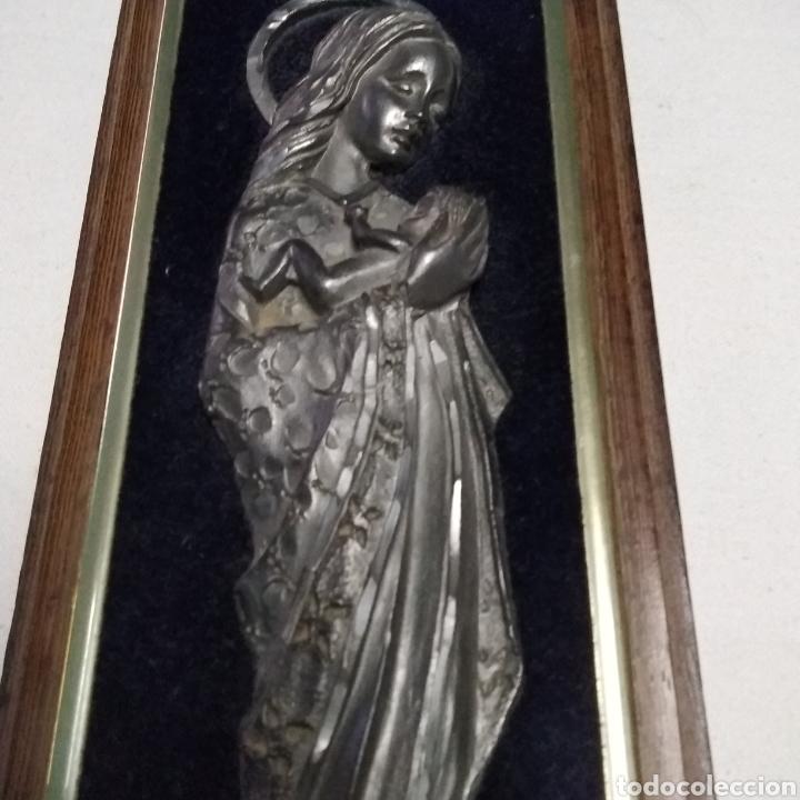 Antigüedades: CUADRO CON IMAGEN DE LA VIRGEN INMACULADA HECHA A MANO EN METAL (PELTRE) MADE IN ITALY - Foto 3 - 222375361