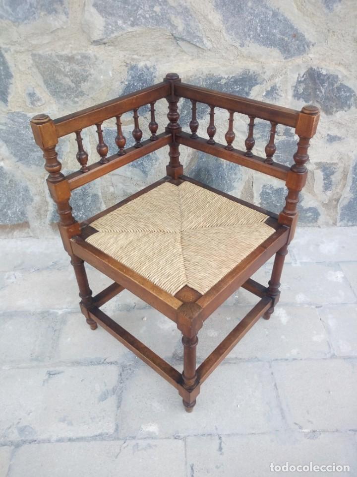 ANTIGUA SILLA DE ESQUINA DE MADERA DE CEREZO SILVESTRE Y NEA (Antigüedades - Muebles Antiguos - Sillas Antiguas)