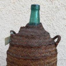 Antigüedades: ANTIGUA GARRAFA DAMAJUANA DE 16 L. FORRADA. Lote 222439727