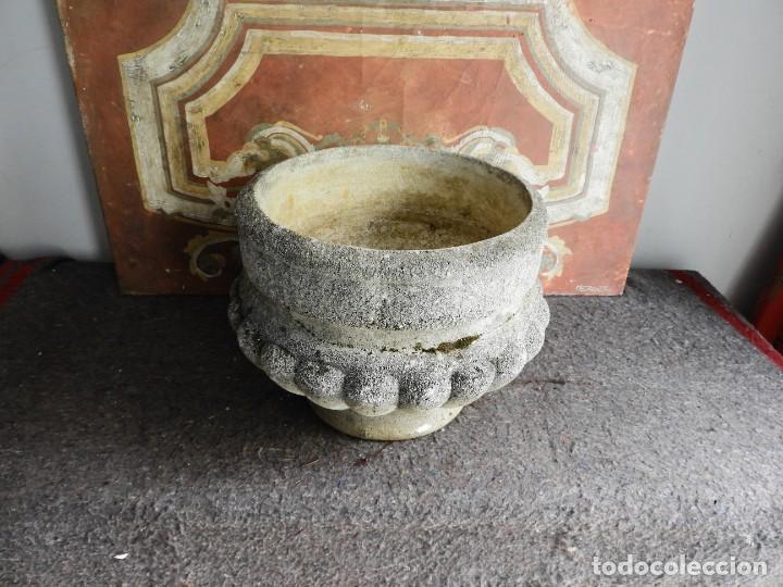 Antigüedades: MACETERO O JARDINERA DE PIEDRA - Foto 6 - 222442540
