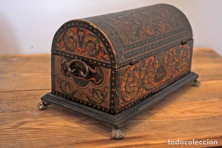 Antigüedades: Hijos de Luca de Tena, preciosa caja / cofre antigua. Cordóba, Águila bicéfala. Lujo - Foto 5 - 222443312