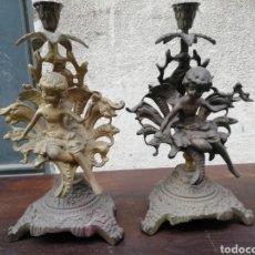 Antigüedades: PAREJA DE CANDELABROS ANTIGUOS. Lote 222446790