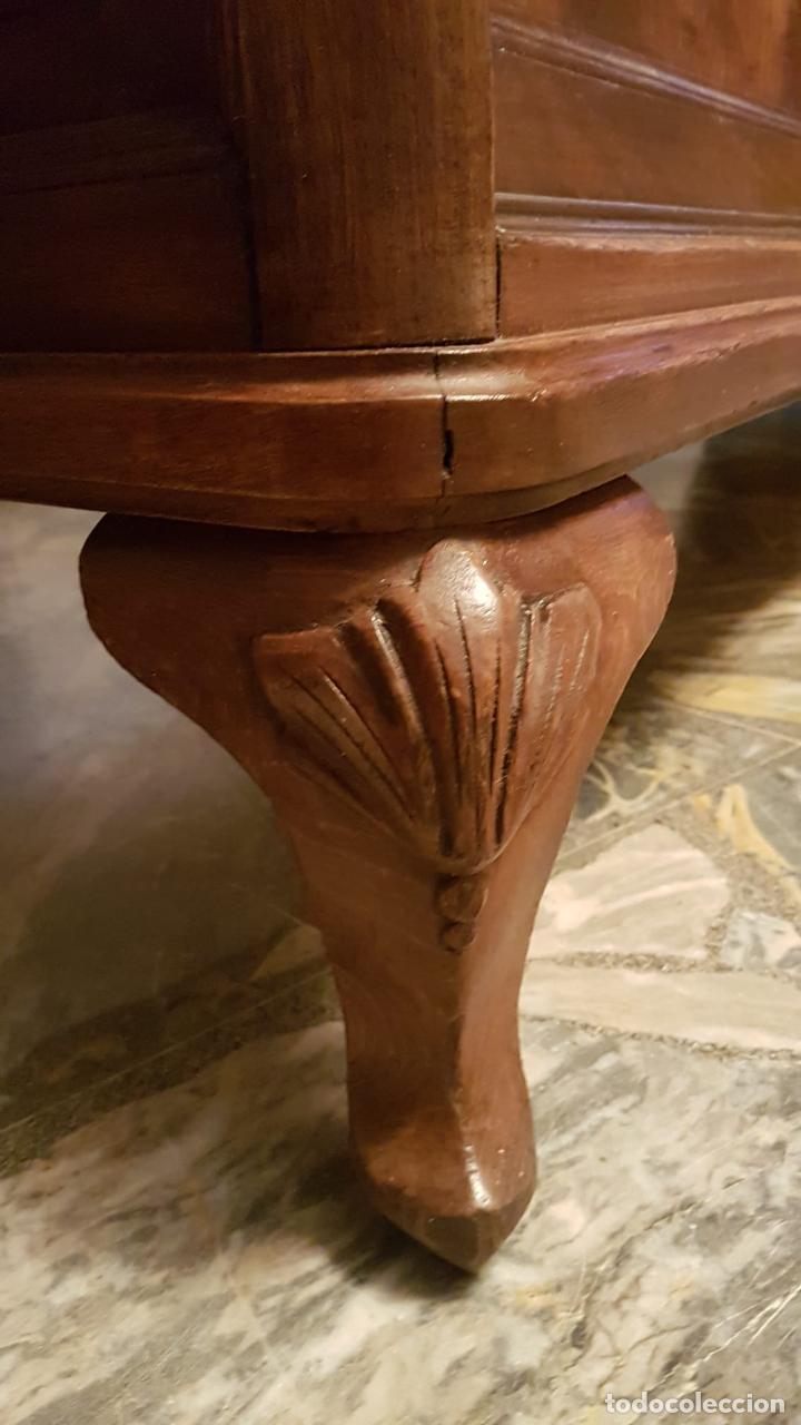 Antigüedades: MOSTRADOR VITRINA JOYERIA ANTIGUA Joyería de nogal se puede retirar Galapagar Madrid - Foto 9 - 222464343