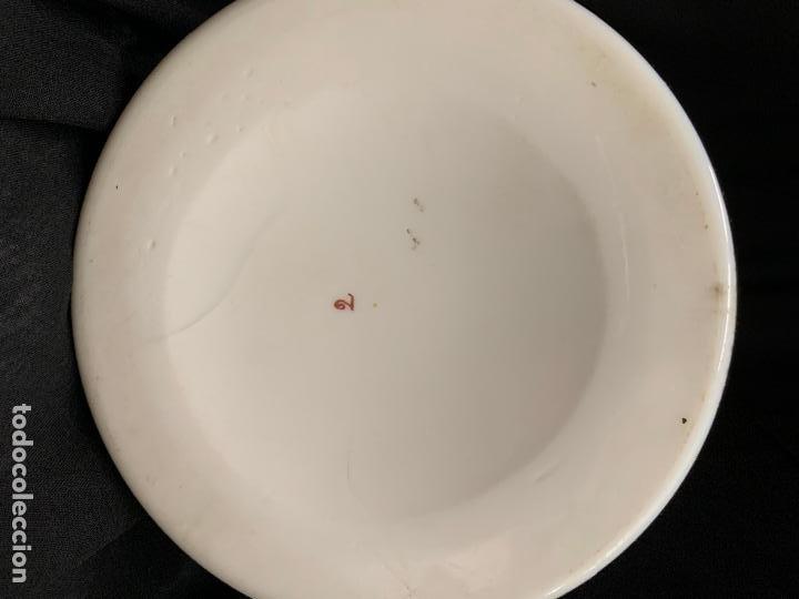 Antigüedades: Excepcional jarron antiguo de opalina pintado a mano. 30cms. Leer mas... - Foto 15 - 222557777