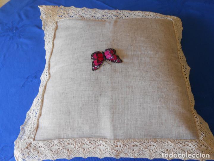 Antigüedades: Preciosa funda cojin.45x45 cm.Liso Con puntilla.BEIGE .Nuevo - Foto 2 - 278325553