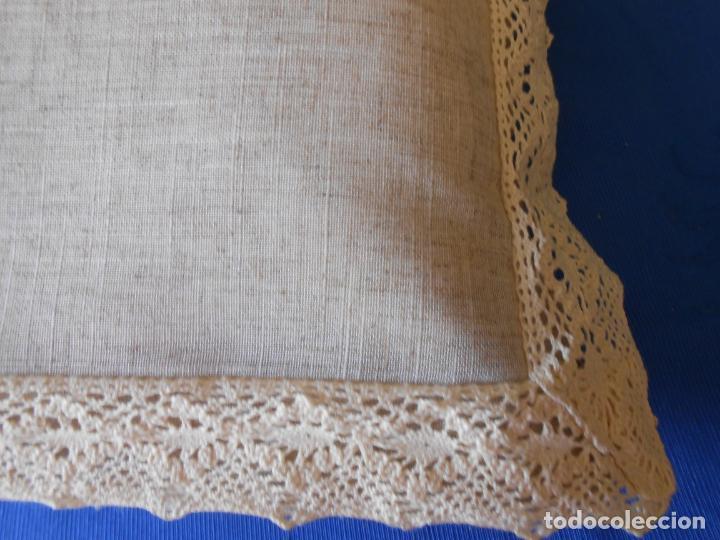 Antigüedades: Preciosa funda cojin.45x45 cm.Liso Con puntilla.BEIGE .Nuevo - Foto 6 - 278325553