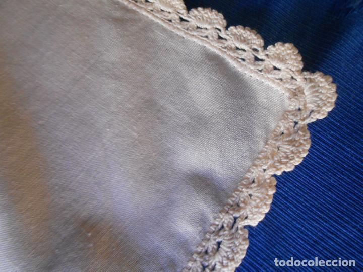 Antigüedades: Preciosa funda cojin.45x45 cm.Liso Con puntilla.BEIGE .Nuevo - Foto 8 - 278325553