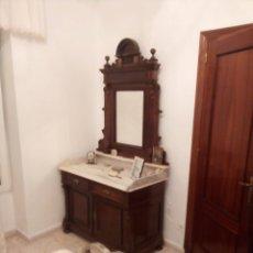 Antigüedades: MUEBLES ISABELINOS. Lote 222504435