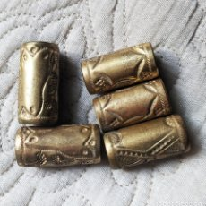 Antigüedades: 5 ANILLAS METAL DORADO PARA BASTONES, 3,9C, 3,7C Y 3,5CM LARGO Y 1,7 Y 1,5 DE DIAMETRO. VELL I BELL. Lote 222586802