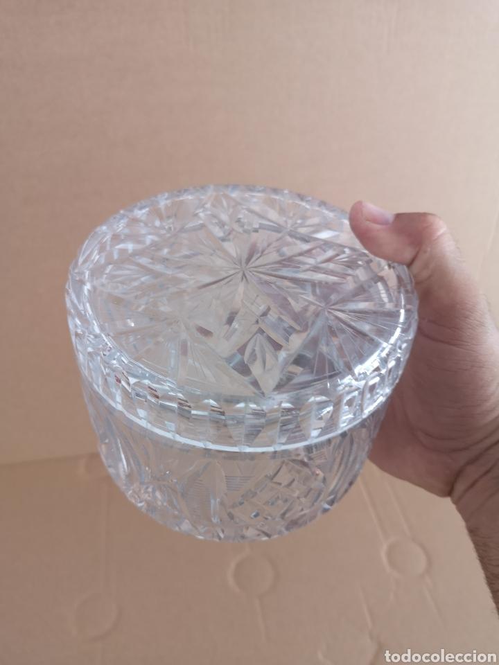 Antigüedades: Precioso y antiguo tarro de cristal tallado de bohemia - Foto 2 - 222603010