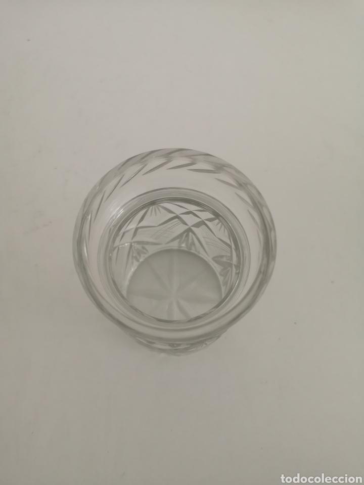 Antigüedades: Precioso y antiguo tarro bote algodonero de cristal de bohemia tallado - Foto 5 - 222619142