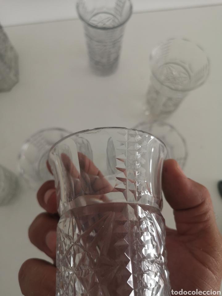 Antigüedades: Precioso juego de licorers y vasos en cristal de bohemia tallada y plata - Foto 8 - 222619222