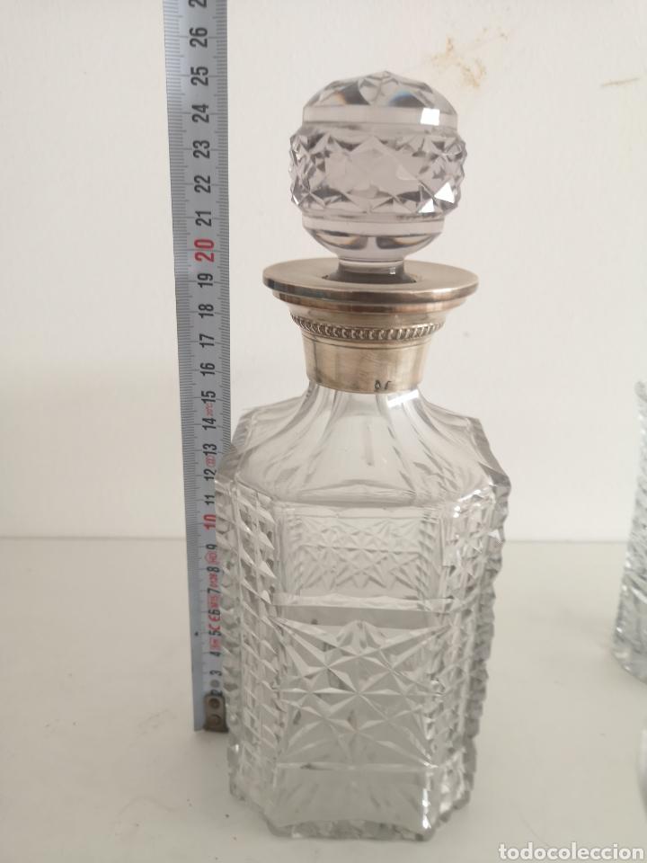 Antigüedades: Precioso juego de licorers y vasos en cristal de bohemia tallada y plata - Foto 13 - 222619222