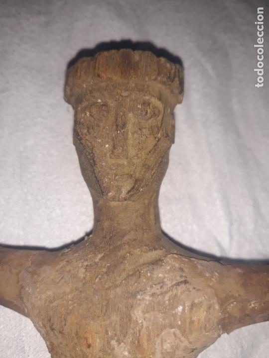 Antigüedades: TALLA DE CRISTO ROMANICO SIGLO XIII en madera - Foto 2 - 222626543