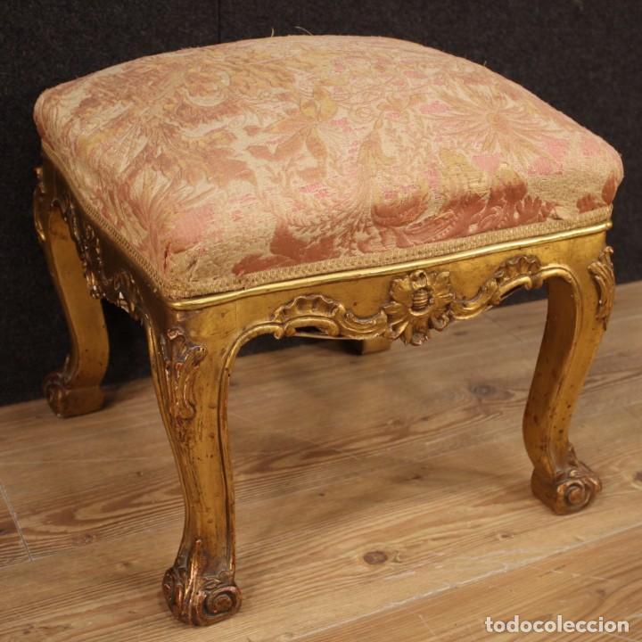 Antigüedades: Par de reposapiés italianos dorados - Foto 4 - 222638330