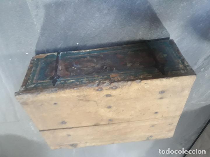 Antigüedades: magnifica arqueta gotica española,siglo xvi,hierros y madera de haya policromada - Foto 10 - 222648300