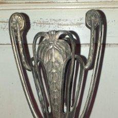 Antigüedades: ANTIGUA BASE DE JARRÓN MODERNISTA SIGLO XIX. Lote 222677950