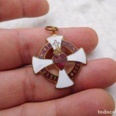 Antigüedades: MEDALLA ESMALTADA SAGRADO CORAZÓN DE JESÚS. Lote 222678711