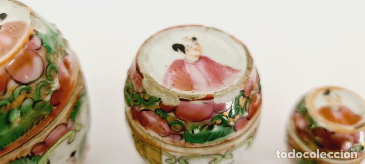 Antigüedades: cuatro frascos de porcelana de exportación china del siglo XIX - Foto 3 - 222685300