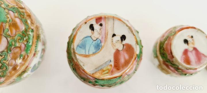 Antigüedades: cuatro frascos de porcelana de exportación china del siglo XIX - Foto 4 - 222685300