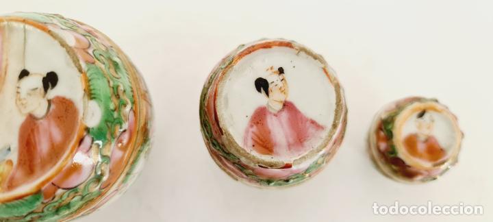 Antigüedades: cuatro frascos de porcelana de exportación china del siglo XIX - Foto 5 - 222685300