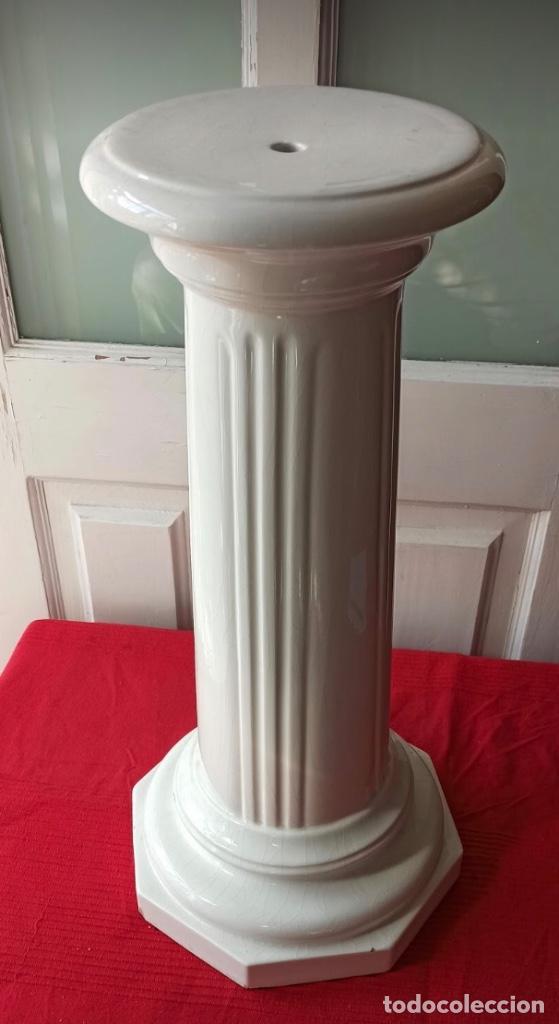 GRAN COLUMNA DE PORCELANA PARA COLOCAR MACETAS (Antigüedades - Hogar y Decoración - Maceteros Antiguos)